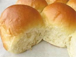 There is no butter on this roll!